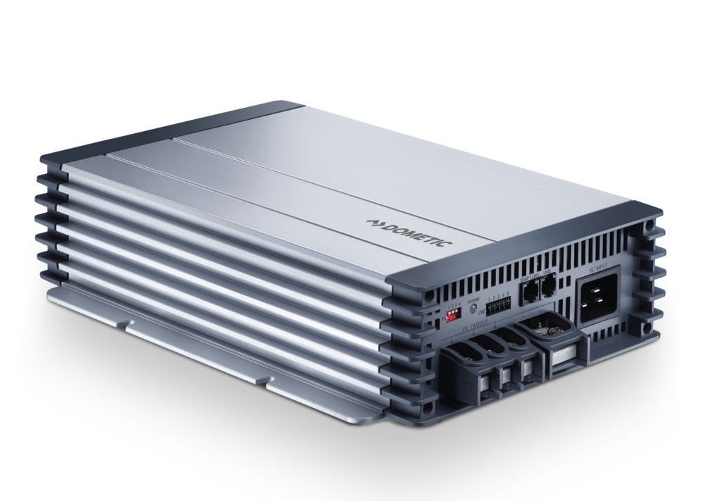 DOMETIC PerfectCharge MCA 1250 Ladegerät 12V 50A Batterielader